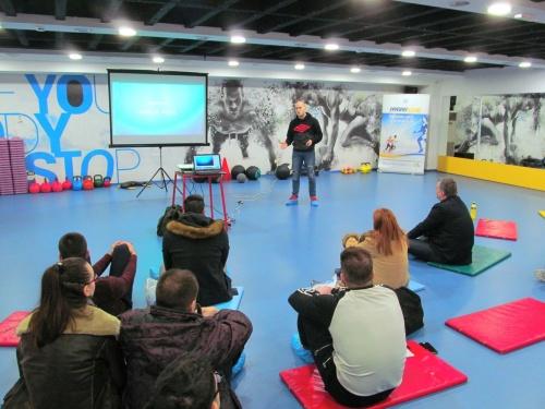 """Esensa na seminaru """"Suplementacija i hidratacija""""  Teretana Non Stop Fitness"""